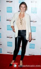 serinda-swan-41st-annual-peace-over-violence_4147463