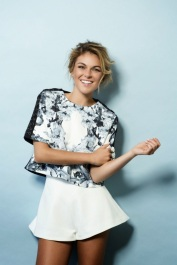Serinda-Swan-for-Cliche-Magazine-June-2014_6