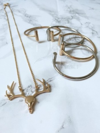 oh_deer_necklace_68fe1d19-2d93-40e9-8f70-81ade3a16aae_large